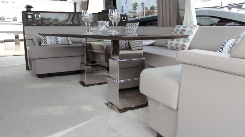 Pied de table 3 étage Inox